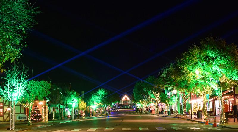 Solvang Christmas Market & Lightshow